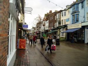 Shopping_near_the_Warwick